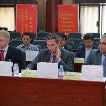 Hans Theissen (Rehau), Louis Exertier (Moselle développement) et Didier Zanetti (Pierburg) lors du comité de pilotage industriel